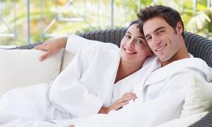 Venere Centro Benessere : Percorso di coppia con massaggio, maschera viso e scrub da Venere Centro Benessere (sconto fino a 82%)