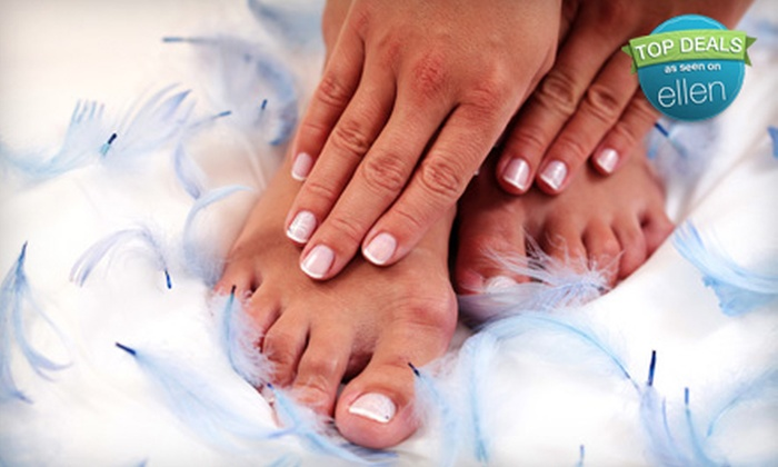 Elements Spa & Salon - Ala Moana - Kakaako: $39 for a Deluxe Pedicure with Heavenly Hand Treatment at Elements Spa & Salon ($100 Value)
