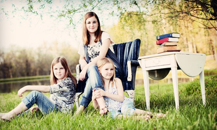 Big Star Studios - Triangle: $75 for a One-Hour Photo-Shoot Package with Prints and Image CD from Big Star Studios ($520 Value)