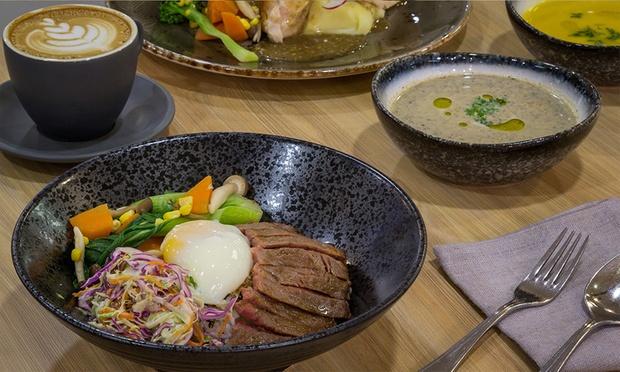 40 off for australian beef steak salmon or for Australian fusion cuisine
