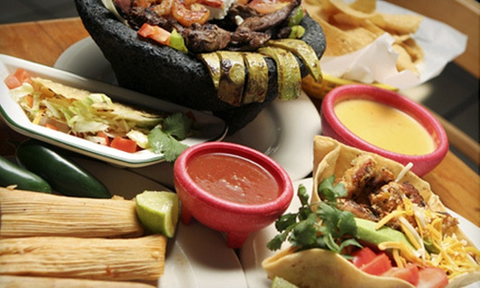 Los Cabos Mexican Restaurant  - The Green: Mexican Dinner or Lunch Fare at Los Cabos Mexican Restaurant in Norwalk (Half Off)
