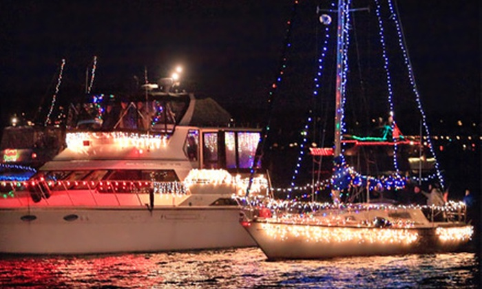 Queen of Seattle Paddle Wheel Cruises: $49 for a 3-Hour Holiday-Lights Cruise December 10, 16, or 17 from Queen of Seattle Paddle Wheel Cruises ($79 Value)