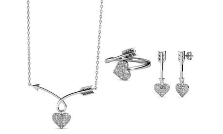 Set pendientes, anillo y collar adornados con cristales de Swarovski®