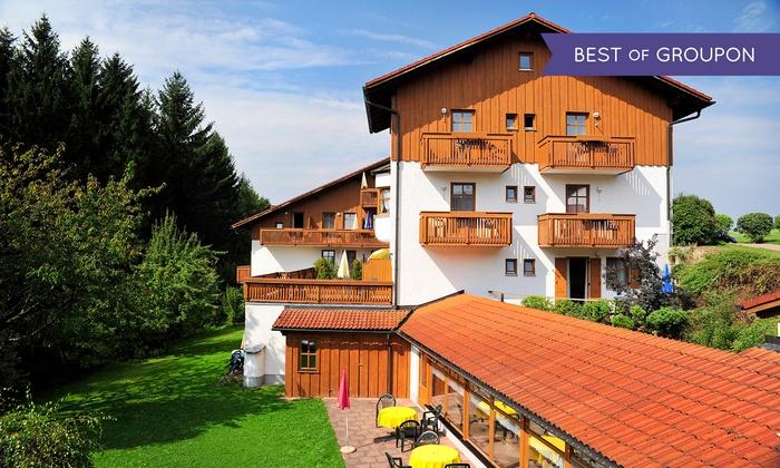 Landhotel Margeritenhof - Landhotel Margeritenhof: Bayerischer Wald: 3-4 Tage für 2 Personen mit All Inclusive und Wellnessgutschein im Landhotel Margeritenhof