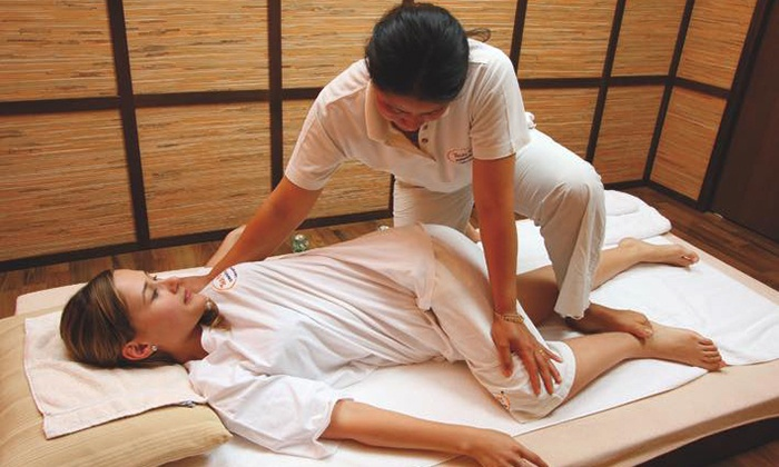 Thai Wellbeing - Thaiwellbeing: Up to 90-Minute Traditional or Aromatherapy Thai Massage at Thai Wellbeing (Up to 60% Off)