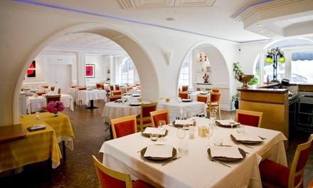 Menu avec entrée, plat et dessert pour 2 personnes à 44,90 € au restaurant Le Continental Les Jardins de la Baïse