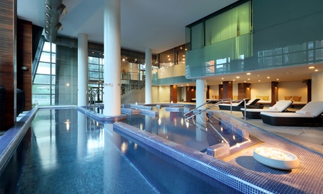 Circuito spa para dos con consumición en el beauty-bar y opción a masaje desde 29,90 € en Caroli Health Club