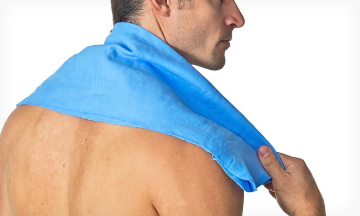 RealXGear Xtreme Cooling Towel: Small or Large RealXGear Xtreme Cooling Towel in Blue, Pink, or White (Up to 70% Off)