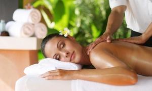 Studio Olistico Arcobaleno: 3 massaggi da 50 o 60 minuti a scelta da Studio Olistico Arcobaleno (sconto fino a 77%)