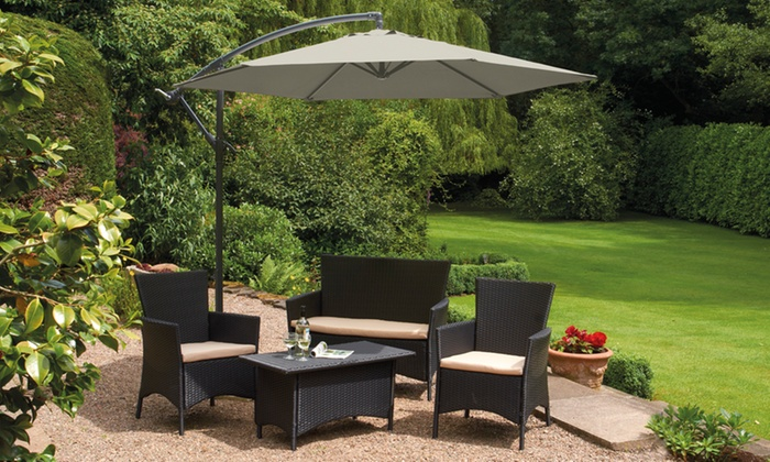 jusqu 39 69 parasol pour terrasse groupon. Black Bedroom Furniture Sets. Home Design Ideas