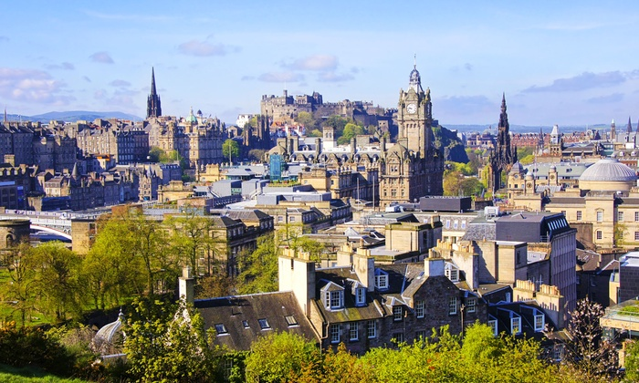 The Little Stay Company - Merchandising (UK): Edinburgh: 1 or 2 Night Self-Catering Stay For Four from £99 at The Little Stay Company