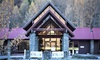 Queenstown: Scenic Getaway with Breakfast