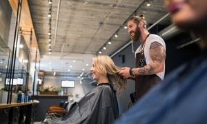 Haarscharf: Beratung, Waschen, Schneiden und mehr, opt. mit Foliensträhnen oder Coloration bei Haarscharf (bis zu 71% sparen*)