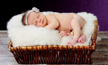Choice of Portrait Photoshoot with Prints for Up to Six at Glasgow Family Photography (90% Off)