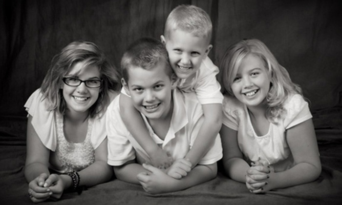 Wurzell Studio & Gallery - Perrysburg: $49 for an In-Studio Photo Shoot and $50 Worth of Prints at Wurzell Studio & Gallery ($114 Value)