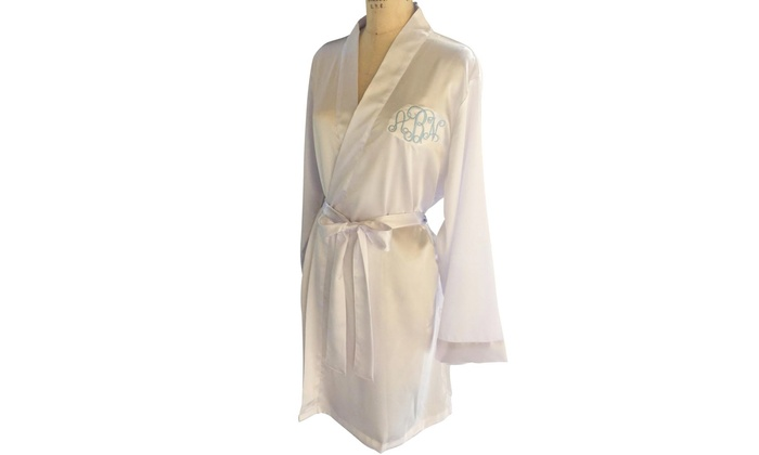 Social Monograms: $25.99 for a Custom Monogrammed Satin Robe from Social Monograms ($52 Value)