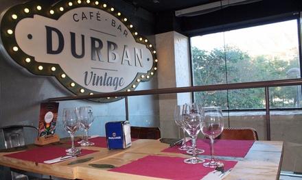 Menú para 2 o 4 con entrante, principal, postre y bebida desde 16,90 € en Durban Vintage