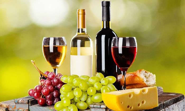 Amazing Clubs: 3-, 4-, 6-, or 12-Month Wine-and-Cheese of the Month Membership from Amazing Clubs (Up to 27% Off)