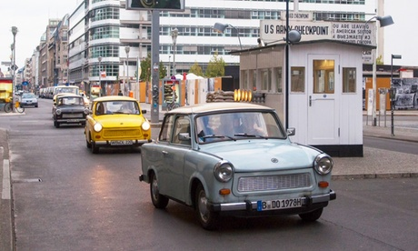 2 Std. Selbstfahrer-Trabi-Tour in Berlin für bis zu 4 Personen bei TrabantBerlin.de