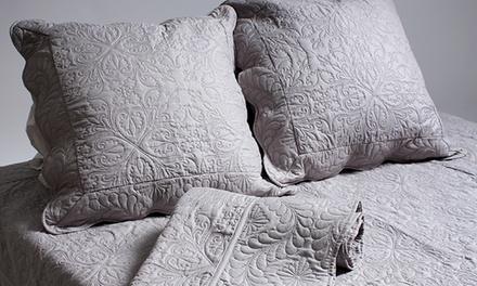 MAISON&DECO Gesteppte Bettdecke mit Kissenbezug in der Farbe und Größe nach Wahl