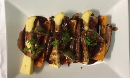 Entrée, plat et dessert au choix sur la carte pour 2 personnes à 49,99 € au restaurant Marie Coco