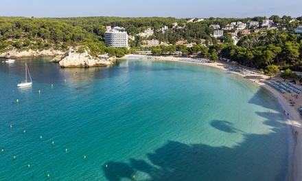 Menorca: 5 o 7 noches en hotel o apartamento para hasta 4 personas