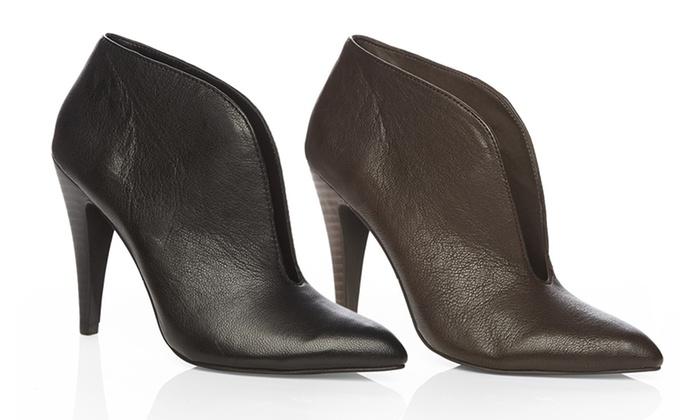 42b6ca3a3599 Fergie Rialto Shoes