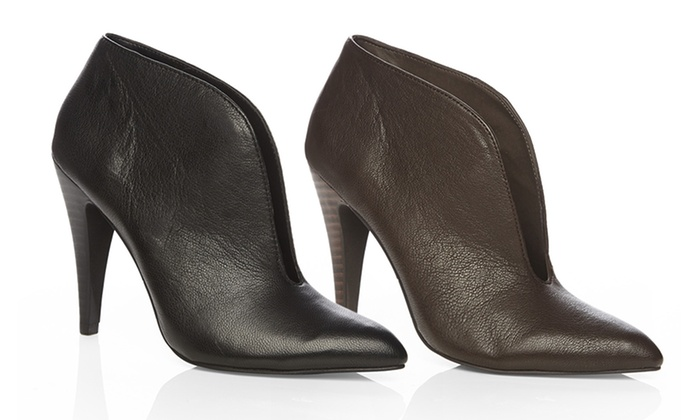e2c3025d2fa Fergie Rialto Shoes