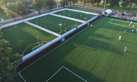 Huur 110 keer een voetbalveld om een uur lang te voetballen bij Footy Amsterdam of Utrecht
