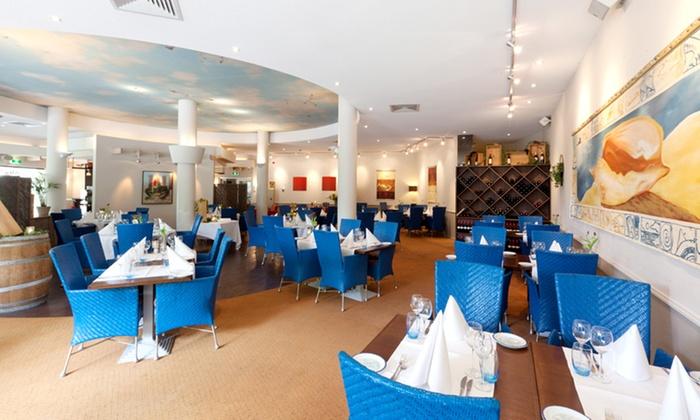 Hampshire arc hotel zeeland in renesse groupon getaways for Design hotel zeeland