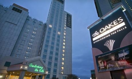Modern Hotel Overlooking Niagara Falls