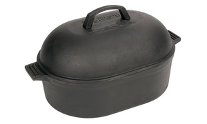 Bayou Classic 12 Qt. Cast Iron Oval Roaster with Domed Lid