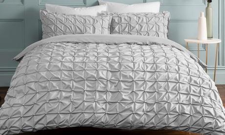 Set funda nórdica plisada con 1 o 2 fundas de almohada
