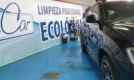 Lavado de coche interior y exterior con opción a limpieza de tapicería desde 14,99 € en Detailcar Luz Shopping