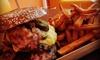 Burger-Menü mit Pommes und Donut