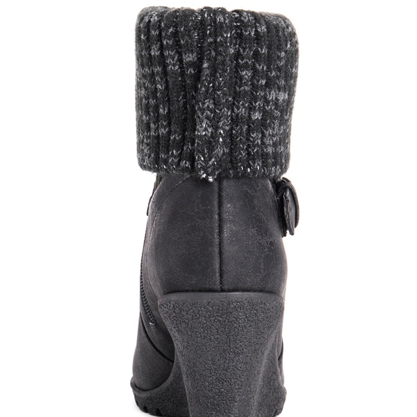 525a0c726df0 Muk Luks AnnMarie or Georgia Women s Wedge Booties (Size 10)