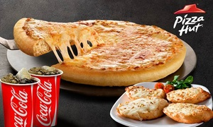 Pizza Hut: Menú para 2 con pizza mediana, pan de ajo clásico y bebida pequeña por 6 € en 2 locales de Pizza Hut