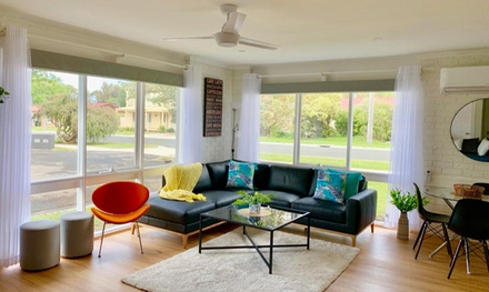 Apollo Bay, VIC: 2 to 7 Nights Pet-Friendly Villa Stay for Six Guest with Wine, Wi-Fi, Late Check-out & Free Parking