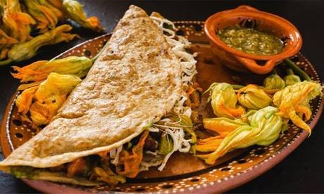 Menú mexicano para 2 o 4 personas con entrantes, principal y bebida desde 24,99 € en La Lonchería