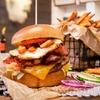 Burger-Menü mit Pommes & Getränk