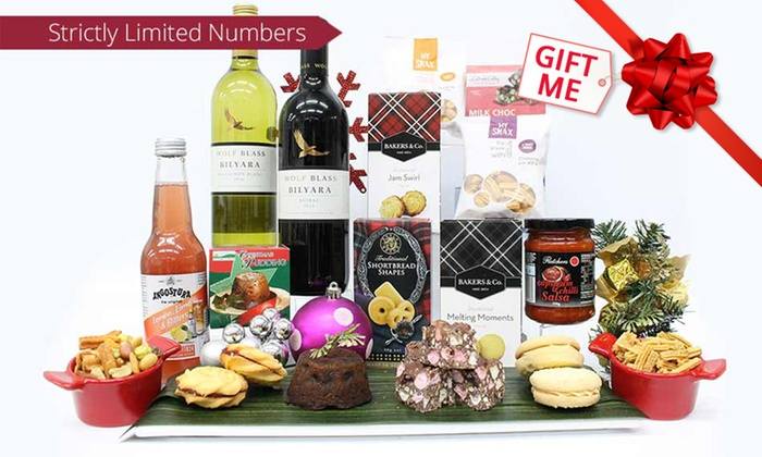 what do you get in a christmas hamper