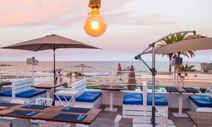 Proa Club: Menú con entrante, principal, postre, bebida y cóctel con acceso a la piscina y solárium desde 24,90 € en Proa Club