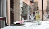 Menú para 2 o 4 con entrante, principal, postre o café y botella de vino desde 24,95 € en Mesón de la Bizcocha