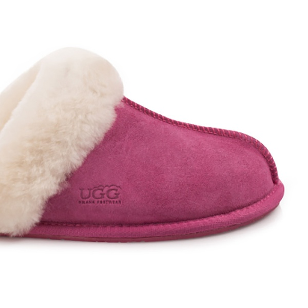 e283a2df15b $39 for a Pair of Ozlana UGG Women's Scuffette Slippers in a Choice of  Colour (Don't Pay $85)