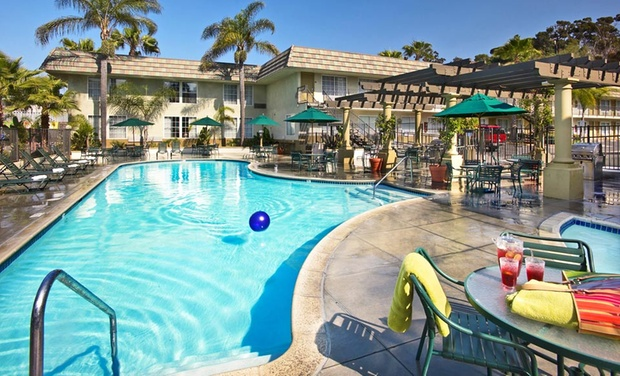 Portofino Inn San Diego Hotel Circle - San Diego: Stay at Portofino Inn San Diego Hotel Circle in San Diego, with Dates into June