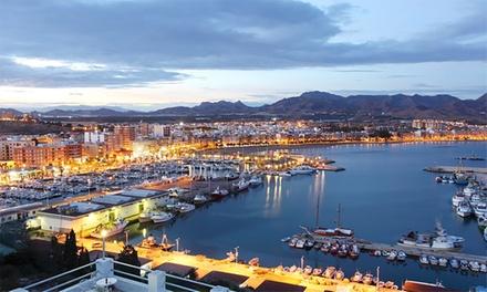 Costa Cálida: 1 o 2 noches para 2 personas con desayuno y late check-out en Hotel Bahía Puerto de Mazarrón