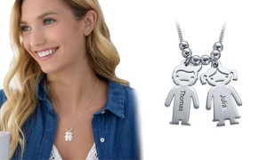 Justyling - Pendenti personalizzabili a forma di piedi o bambini: Una o 2 collane in argento con pendente a forma di piede o di bambino offerte da Justyling (sconto 80%)