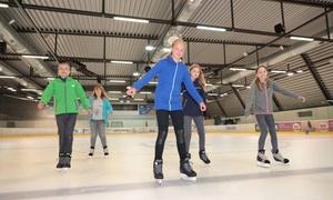 Volksbank Arena: Schlittschuhlaufen für Zwei oder Vier inkl. Leih-Schuhen oder 10er-Karte in der Volksbank Arena (50% sparen*)