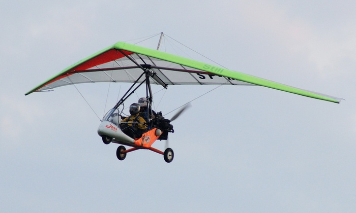 Szkolenie z lotem widokowym motolotnią (149,99 zł) i filmowaniem (199,99 zł) oraz więcej w Ośrodku Bravo-Delta