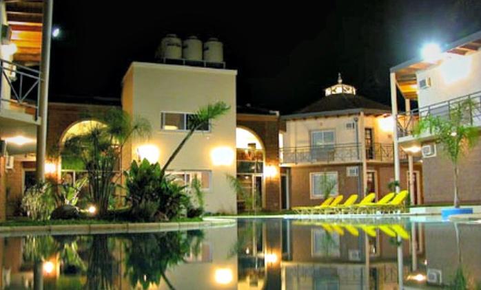 Federación, Entre Ríos: desde $1599 por 2 noches para dos + desayuno buffet en Hotel Paraiso Termal